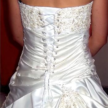 robe de mariée Lyon, robe de mariée sur mesure Lyon, robe de cocktail Lyon,confection haute couture Lyon, couture sur mesure Lyon
